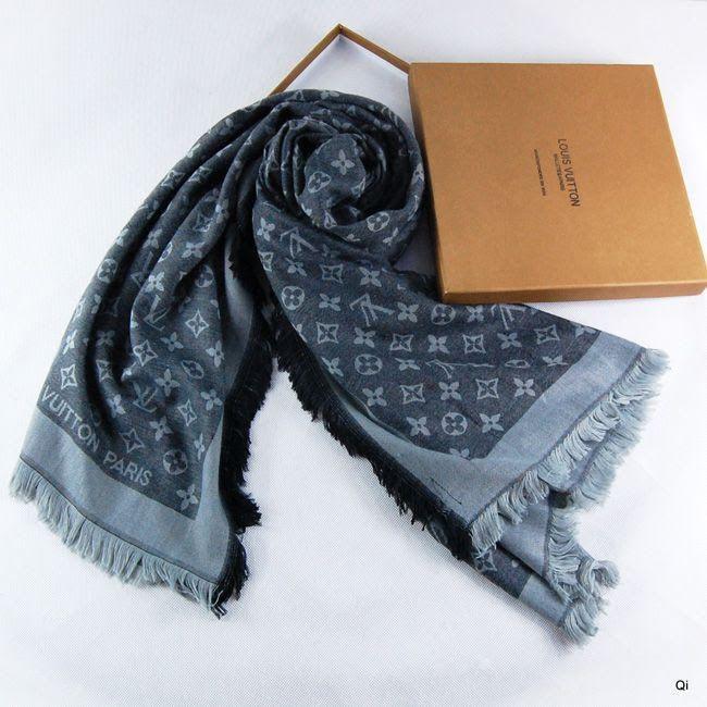 Écharpe Louis Vuitton Bleu-84 - Écharpe Louis Vuitton Bleu-84 pas cher aec9ba742dd