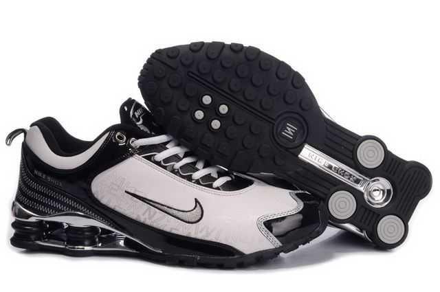 brand new 4aba9 e699a R4 Noir Chaussure Homme Nike Et 12 Blanc Shox PRCHq