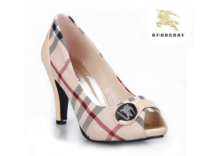 a1cb9ee0088 ... Chaussure Burberry Escarpins Beige Femme-31 · See Larger imageSee ...